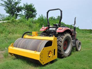 拖拉式振动钢轮 RWYL-T30